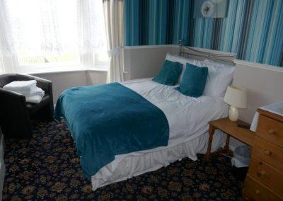 Room 8 (2)